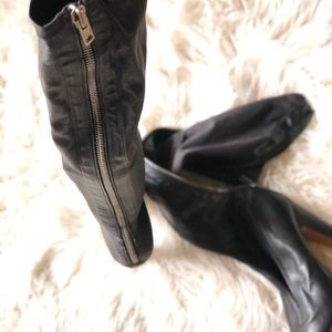 STUNNING ALL LEATHER MAISON MARTIA MARGIELA BOOTS!
